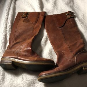 Lucky Brand boots size 8.